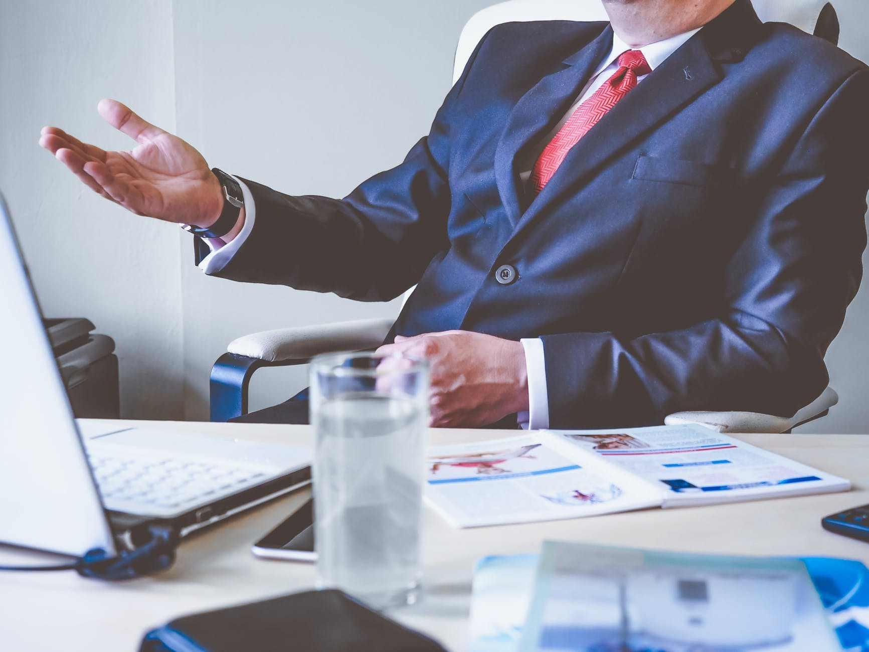 Apa Saja Tugas Sales Consultant di Perusahaan ?